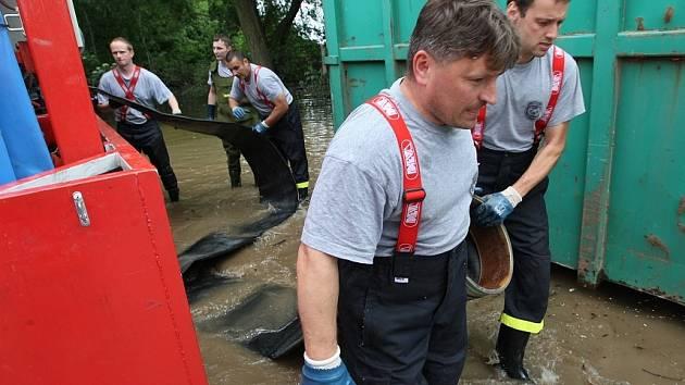Jedna z fotografií Karla Pecha z loňských povodní