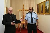 DŮSTOJNÉ MÍSTO pro křesťanské rozjímání mají nyní také ve vazební věznici v Litoměřicích.