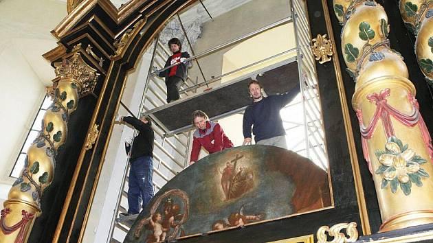 Obrazy Karla Škréty se vrátily do litoměřické katedrály.