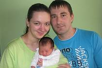 Marianě a Stanislavovi Salabovým z Lovosic se v litoměřické porodnici 26. dubna v 9.27 hodin narodila dcera Monika. Měřila 49 cm a vážila 2,9  kg. Blahopřejeme!