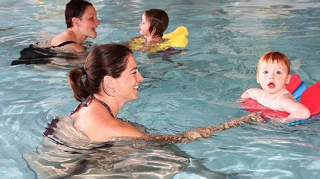 ENERGETICKÉ ZTRÁTY na krytém plaveckém bazéně platí město. Zachování provozu ale považuje za důležité pro občany.