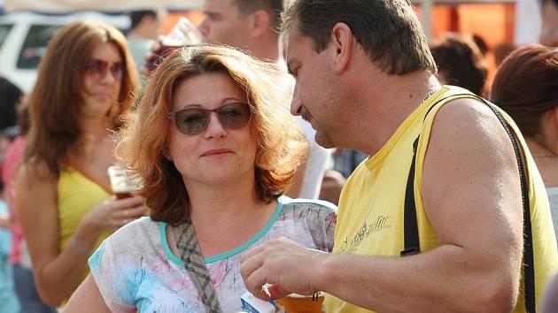 Věra Kmoníčková na Pivních slavnostech, jedné z akcí pořádaných MKZ.