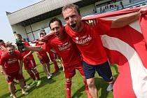Oslava postupu brozanských fotbalistů