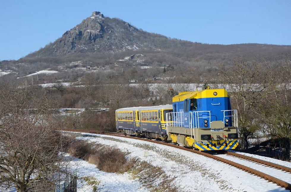U příležitosti zahájení sezóny vypraví AŽD i netradiční soupravu vedenou lokomotivou s přezdívkou Modrý kocour.