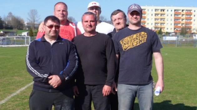 Výprava z Ústecka (vlevo nahoře): Miroslav Eibl (AK Bílina), Jaroslav Smělý a Štefan Pšenák (oba Lovosice). Vlevo dole:  Tomáš Zetek (Lovosice), Tomáš Hellmich (Atletika Litvínov) a Libor Bařtipán (AK Bílina).