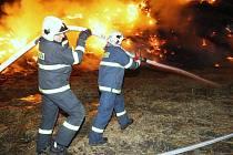 Další požár stohu v Želechovicích.