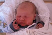Renátě Sršňové a Vitali Forosovi z Roudnice n. L. se v roudnické  porodnici 28. 6.v 8.35 hodin narodil syn Vitali Foros (51 cm, 4,19 kg).