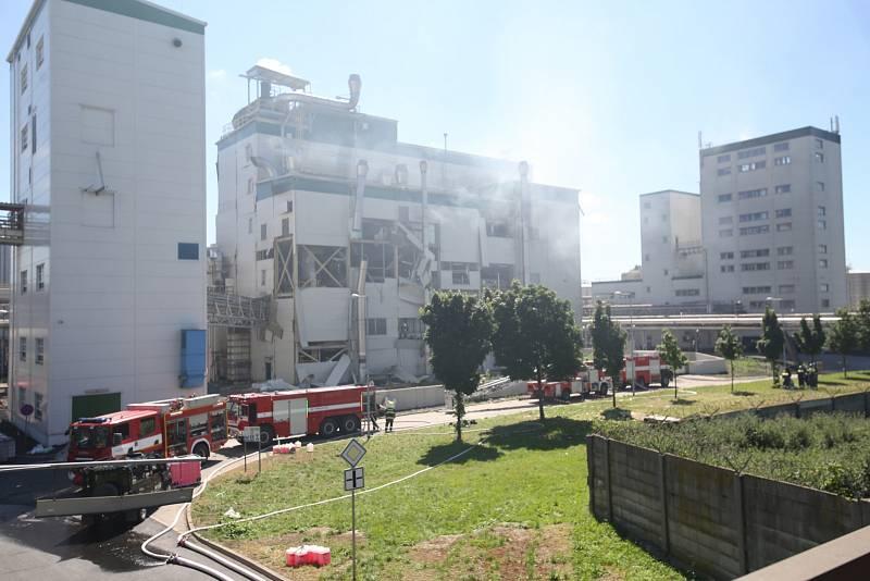 V chemickém provozu Preol v Lovosicích došlo k výbuchu.