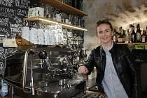 Simona Kučerová a její kavárna v Úštěku