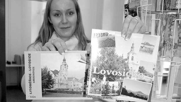 Veškeré informace v lovosickém infocentru poskytnou Simona Nekolová (na snímku) a Michaela Plesníková.