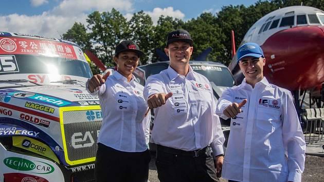 Závodní tým Buggyra Zero Mileage Racing.