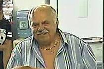 Policie pátrá po totožnosti tohoto muže