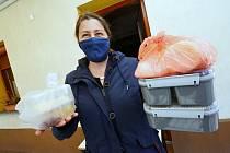 Motorest Nučnice se snaží udržet prodejem jídla s sebou
