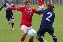 Fotbalový Turnaj 4 zemí Future týmy: Dánsko U16 - Švédsko U16 v Roudnici nad Labem.