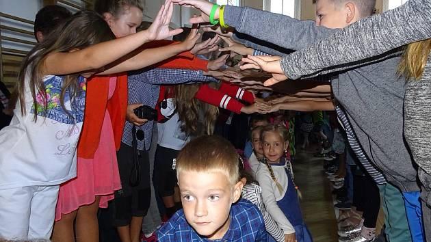Zahájení školního roku na ZŠ Všehrdova v Lovosicích.