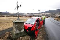 Nehoda mezi Libochovany a Řepnicí.