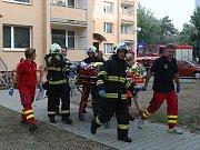 Požár v paneláku na sídlišti Cihelna v Litoměřicích.