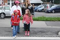 Děti na přechodu, ilustrační foto.