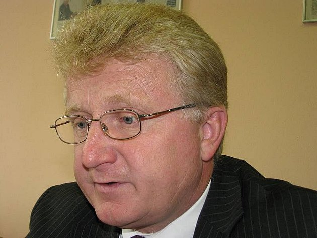 Josef Šenfeld.