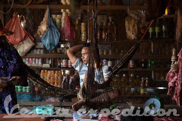 Vespa Expedition - Kambodža