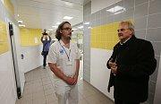 DVĚ ETAPY rekonstrukce stravovací provozu v litoměřické nemocnici jsou u konce. Další s náklady 27 milionů korun má nemocnice v plánu.