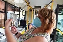 Očkovací autobus, takzvaný očkobus. Ilustrační foto