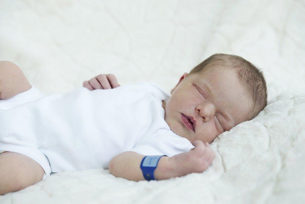 Samuel Tyc se narodil  Janě Modrákové a Martinu  Tycovi ze Štětí 12.9.  v 11.14 hodin v Roudnici n.L.  (49 cm a 3,33 kg).