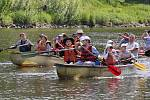 Mladí se učili vodáckým dovednostem na Labi