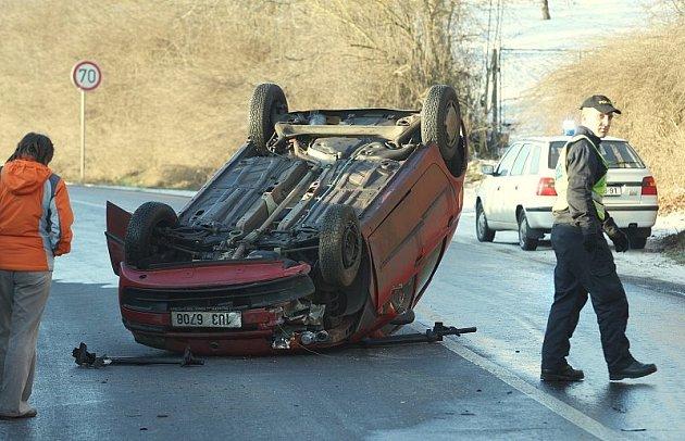 Dopravní nehoda u Žalhostic - 19. ledna 2009 ráno.