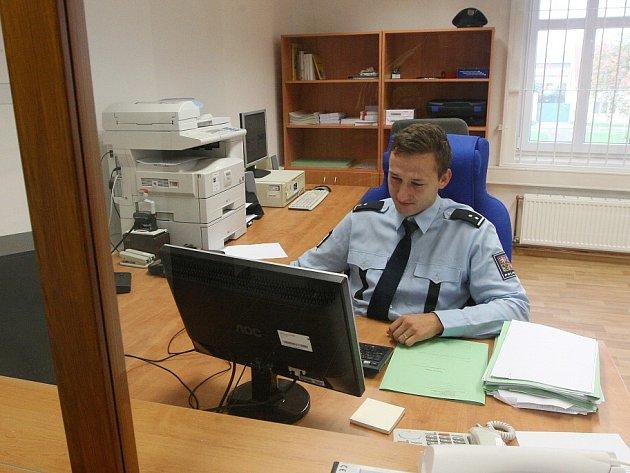 Nová policejní stanice v Radovesicích přestěhovaná z Libochovic