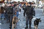 Na vánoční trhy v Litoměřicích, Roudnici nad Labem a Lovosicích vyrazily policejní hlídky. Nejen, že zde působí preventivně, ale dohlédnou i na pořadek.