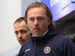 Trenéři Stadionu Litoměřice při utkání.