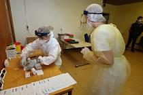 Antigenní testování. Ilustrační foto z Nemocnice Litoměřice