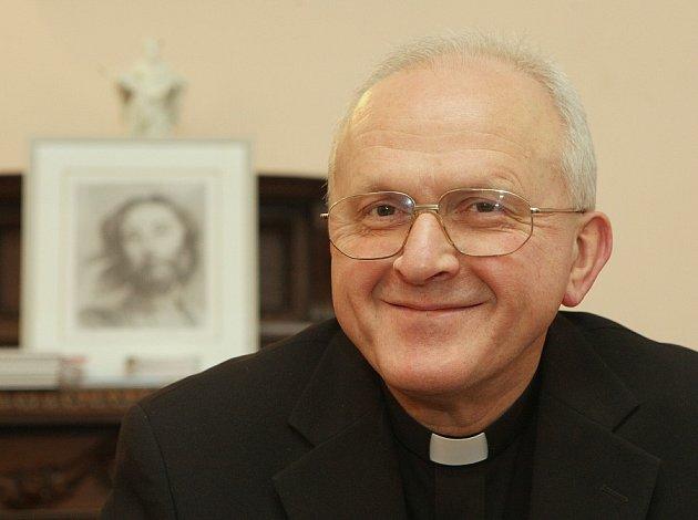 Biskup Jan Baxant.