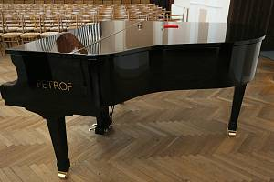Klavírní křídlo. Ilustrační foto
