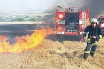 Požár pole u Podsedic