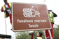 Instalace nových cedulí na Litoměřicku.