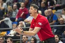Trenér českých basketbalistek Štefan Svitek.