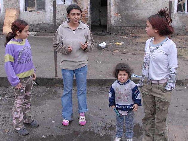 Romské děti z Mastířovic