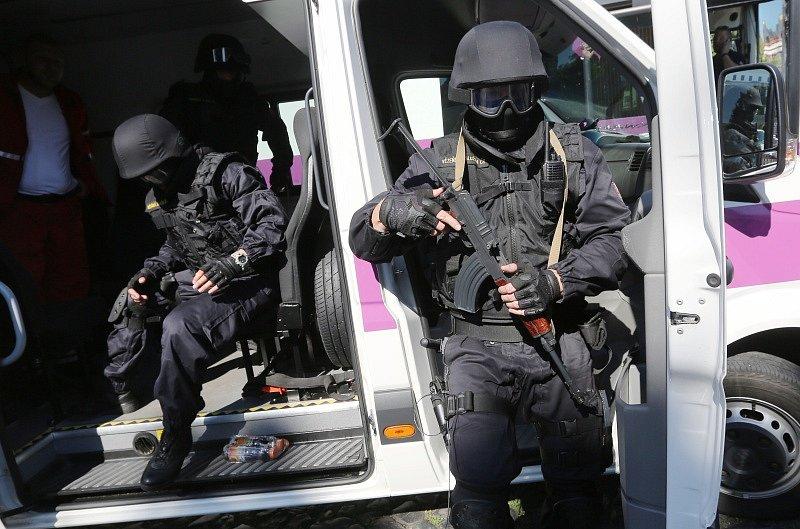 Den policie a IZS v Litoměřicích