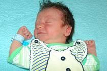 Pavlíně Jirkové a Štěpánovi Hondlovi z Žalhostic se 12.8. v 10.14 hodin narodil v Litoměřicích syn Štěpán Hondl (3,02 kg, 48 cm).