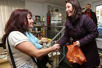 Darované potraviny poputují do Domova pro matky s dětmi ČCE Diakonie v Litoměřicích