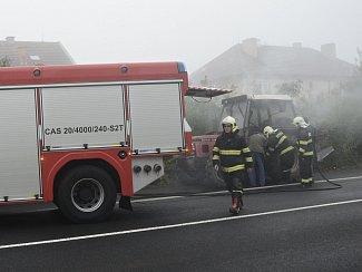 Požár traktoru v Českolipské ulici v Litoměřicích.