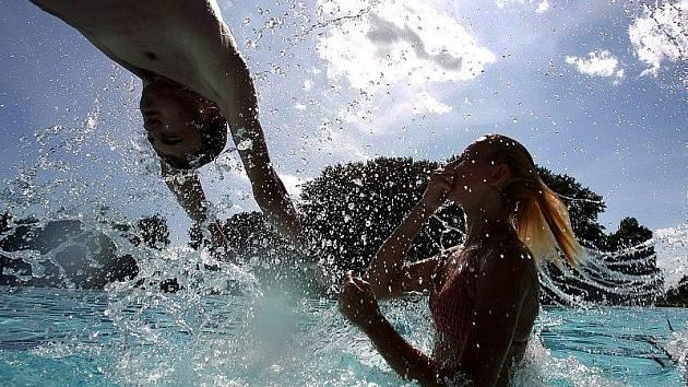 Vodní radovánky - ilustrační foto.