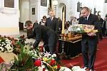 Pohřeb akademického malíře Jana Grimma v katedrále sv. Štěpána.