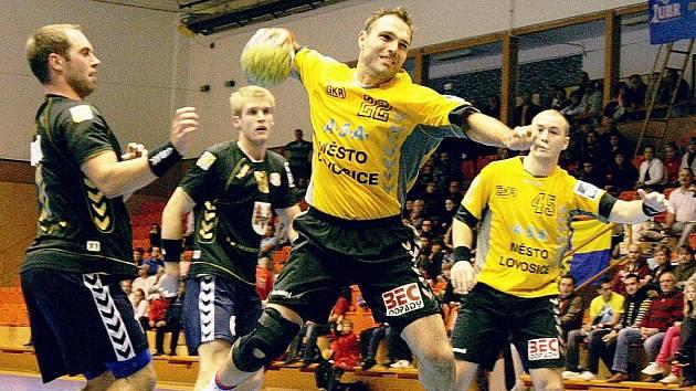Lovosický šuter David Kalous (22) zatížil konto Přerova šesti góly.