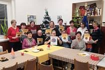 Letos jsme se sešli na obecním úřadě v Žalhosticích, užili si a naladili se na vánoční atmosféru