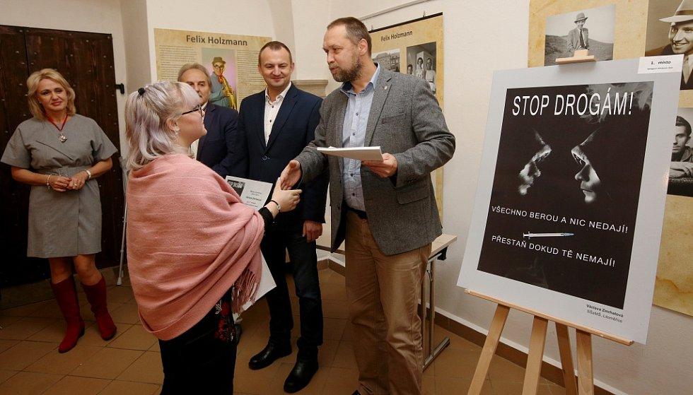V Litoměřicích proběhlo vyhlášení nejlepšího plakátu v protidrogové prevenci.