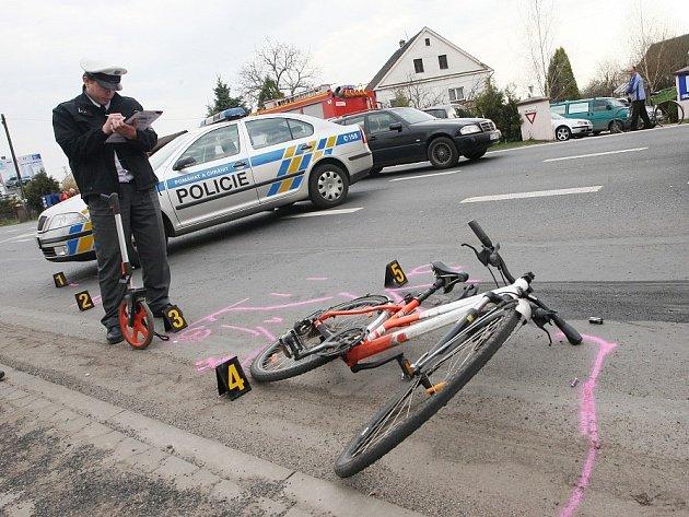 Smrtelná nehoda u Intersparu v Litoměřicích, 16. dubna 2013.
