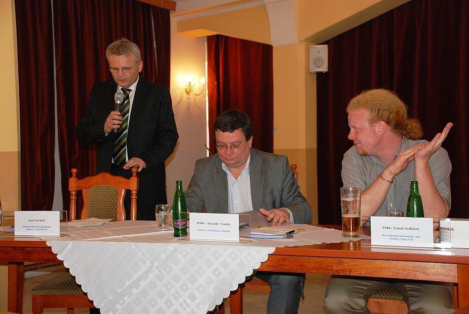 Panelová diskuze v Litoměřicích.